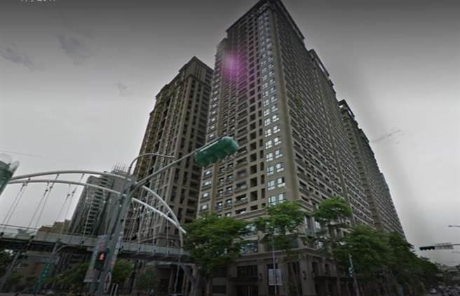 新板特區豪宅「國家世紀館」。(圖/翻攝Google map)