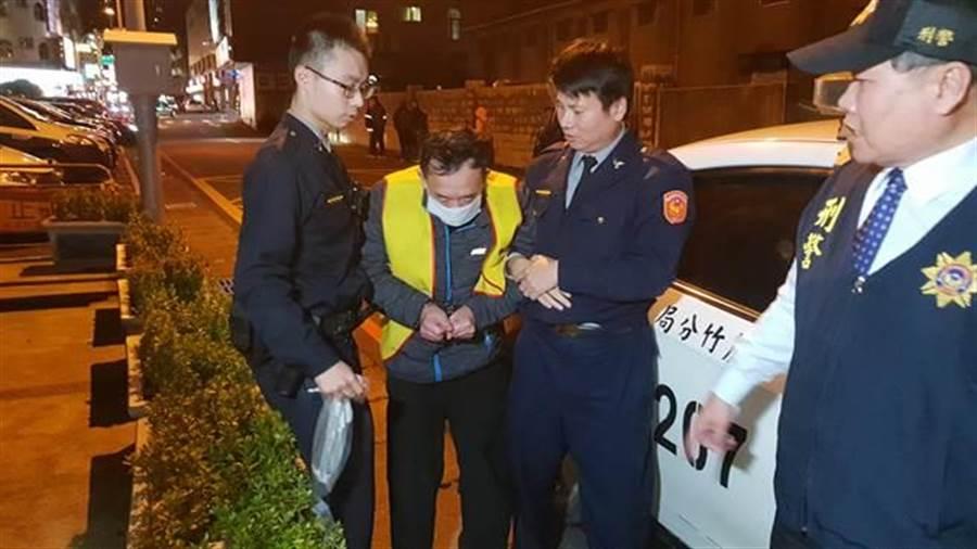 掐死空姐妻的詹姓男子被法院裁決聲押禁見。(蔡依珍攝影)