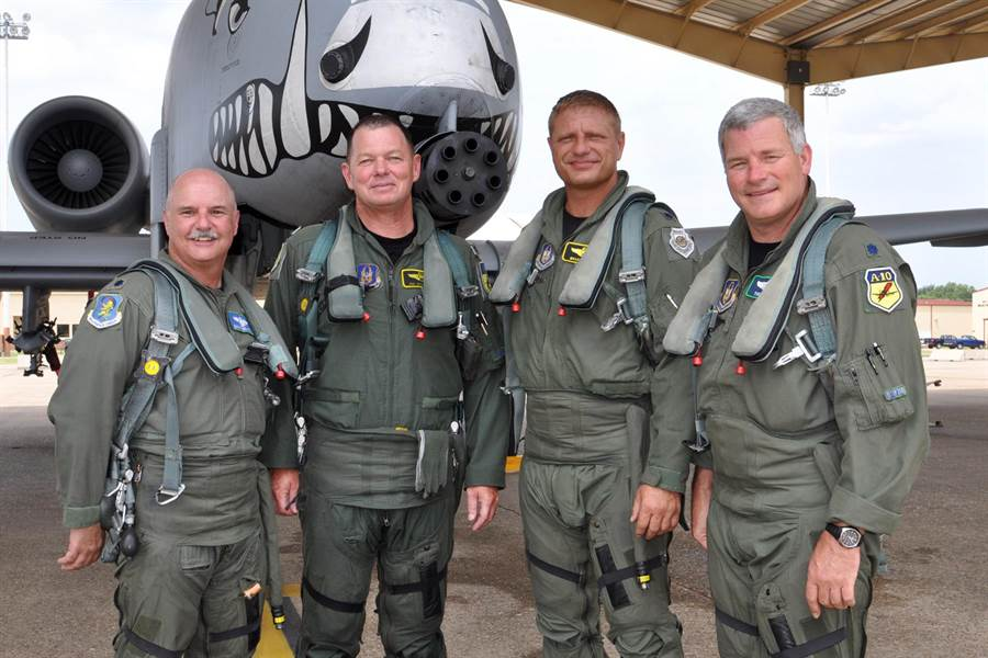 美國空軍號召退役老兵回歸軍職,125人響應,50名是飛行員。(圖/美國空軍)