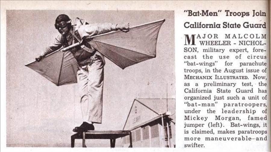 尼克森所發明的單兵滑翔裝,在1942年曾有過測試。(圖/wearethemighty)