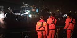 大陸漁船帶4.8公斤冷凍豬肉 海巡上船消毒罰160萬驅離