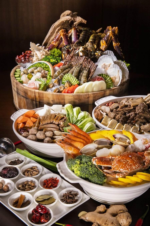 家宴中餐廳全新推出「帝王海鮮鍋」。(圖片提供/凱達大飯店)