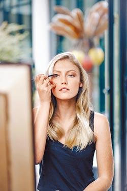 植物養護睫毛膏 打造魅力電眼