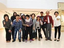 小光點畫廊拍賣身心障礙者畫作 用藝術活出信心與愛心