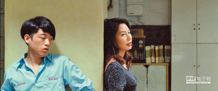 丁寧(右)、謝章穎將片中角色發揮得淋漓盡致。