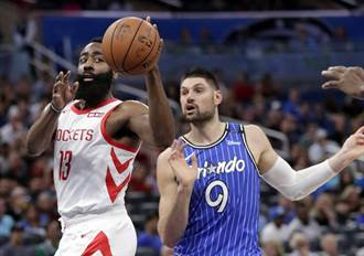 NBA》連16場得分破30又怎樣 魔術逆轉勝火箭