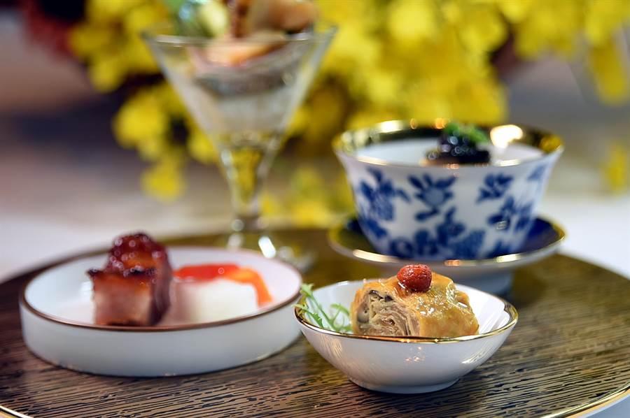 〈SHINPUYUAN新葡苑四十六〉套餐的前菜拼盤有:江南煙燻素鵝、黑松露走地雞、和風鮑魚和蜜汁叉燒,內容相當豐富。(圖/姚舜)