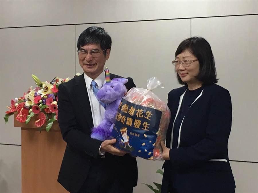科技部部長陳良基今(14)上午舉辦「基哥與科技部有約」,與科技部同仁對話。(邱琮皓攝)