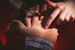 算命師開導人妻反害離婚 遭罵神棍怒告妨害名譽