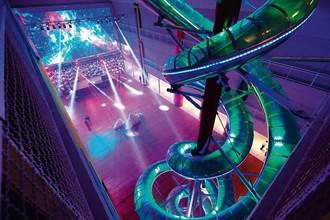 威秀影城28米高溜滑梯享樂體驗 新天堂樂園大驚奇