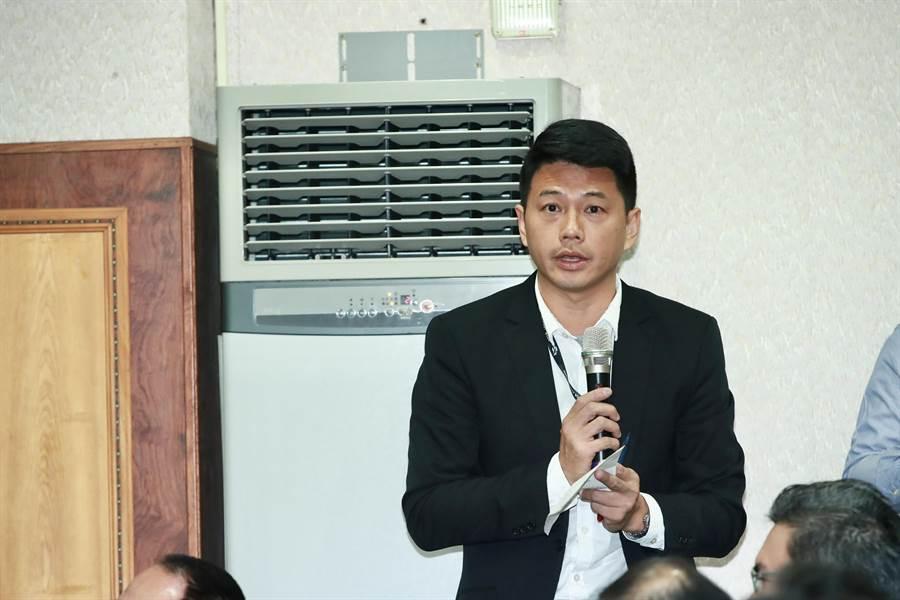 台中市交通局長葉昭甫受訪時表示,台中的山海環線,市府並無終止任何計畫。(陳淑娥攝)
