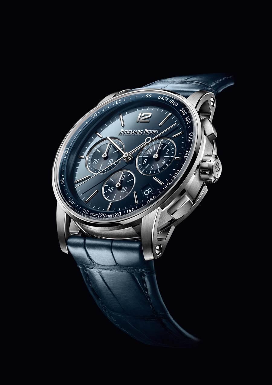 愛彼表全新系列CODE11.59腕表登場,勇於打破皇家橡樹的傳統,圖為計時碼表款,售價4萬2600瑞郎(約130萬台幣)。(AudemarsPiguet提供)