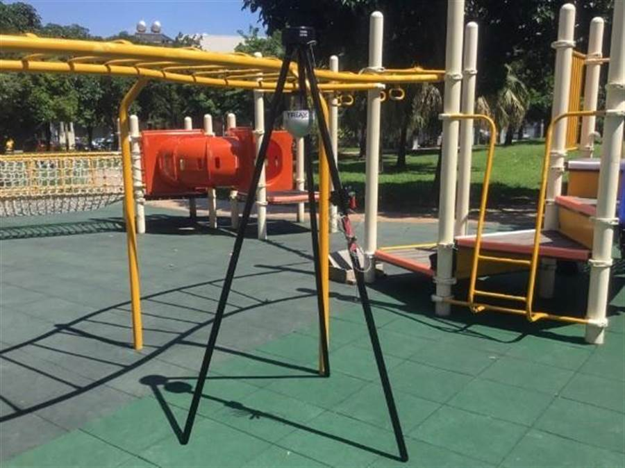 台中市府推動公園兒童遊戲場檢驗,讓孩子玩得更安全!(陳世宗翻攝)