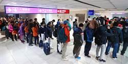 桃園機場檢疫警力嚴重吃緊 首日僅能查48%班機
