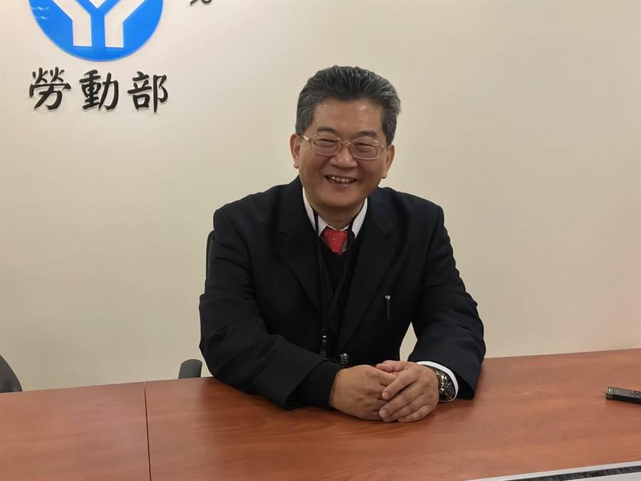 勞動部政務次長劉士豪新官上任,希望讓中小企業雇主更了解勞動法規。(王思慧攝)