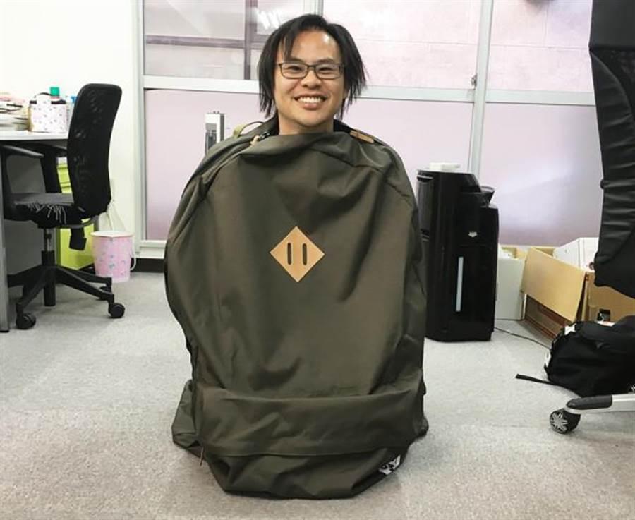 網友決定當睡袋使用(圖片取自/網友Seiji)