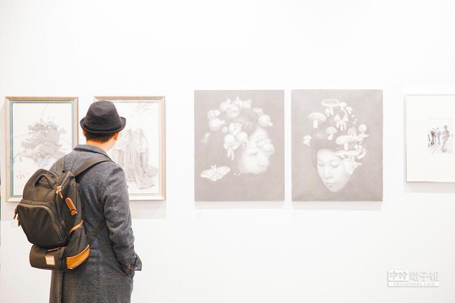 台灣藏家近年習慣於參與藝博會挑選喜愛的藏品。(ART TAIPEI提供)