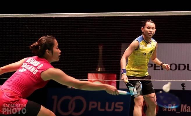 戴資穎(右)對依瑟儂總是打不順手,生涯對戰以10勝13敗居下風。(badminton photo提供)