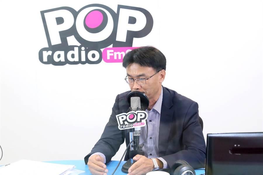 農委會主委陳吉仲接受媒體專訪,談到北農前總經理吳音寧時表示,佩服其堅持原則的態度。(圖/PopRadio提供)