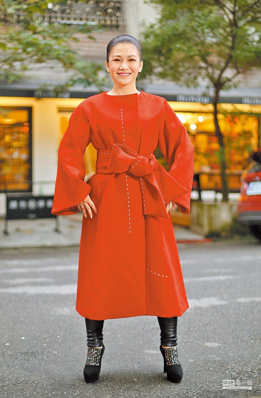 黃妃推出新輯《我若是黃倩倩》,頗受好評。(陳俊吉攝)