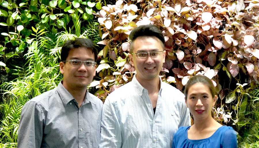 芝加哥交響樂團打擊樂首席葉孟芸(右起)、中提琴家郭威廷與陳猶明都來自台灣。(牛耳提供)