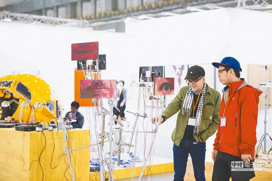 首屆台北當代邀集不少歐美知名畫廊參與。(台北當代提供)