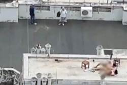 情侶屋頂上啪啪啪 全辦公室人停工欣賞活春宮