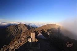 比基尼登山客魂斷山谷 最後PO文:決定睡中央山脈最高峰