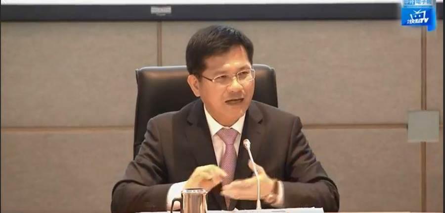 交通部長林佳龍。翻攝中時電子報臉書