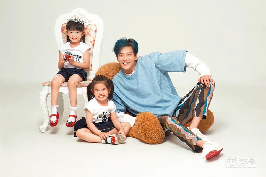 陳曉東十分疼愛2個女兒。
