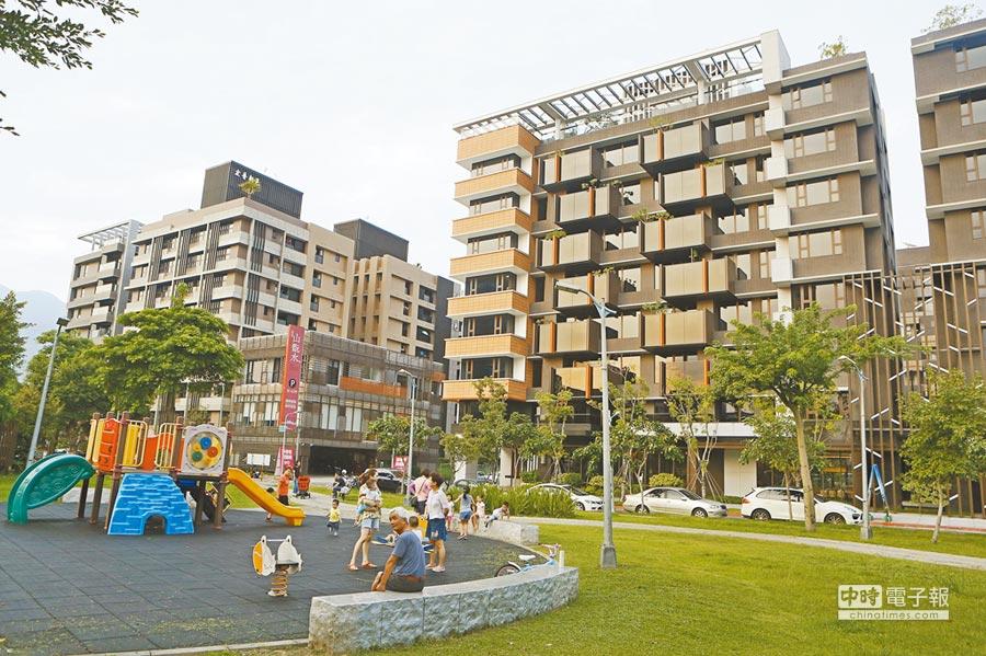 習五條保障台灣民眾財產。圖為北市奇岩重劃區內的各式建案。(本報系資料照片)