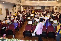 韓國瑜重視英語 高市教育局首辦拼字比賽