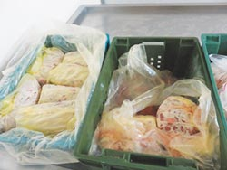 知名雞排店 遭爆用過期食材
