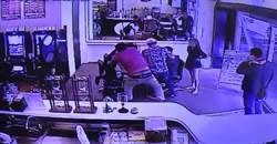 影》電動遊藝場2女大戰 離職女員工帶3男私刑前同事