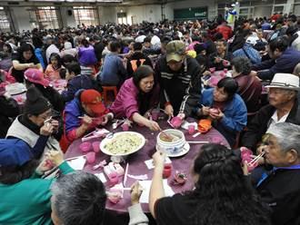 台中也有「刈包吉」議員鄭功進席開113桌濟寒士