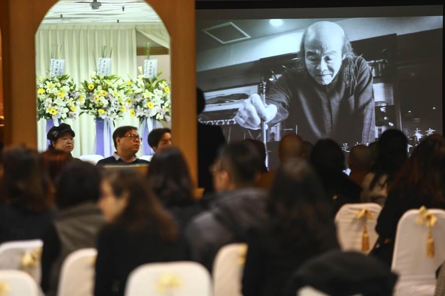 27日上午9點,家屬在台北佛光道場為林清玄舉辦告別式。(鄧博仁攝)