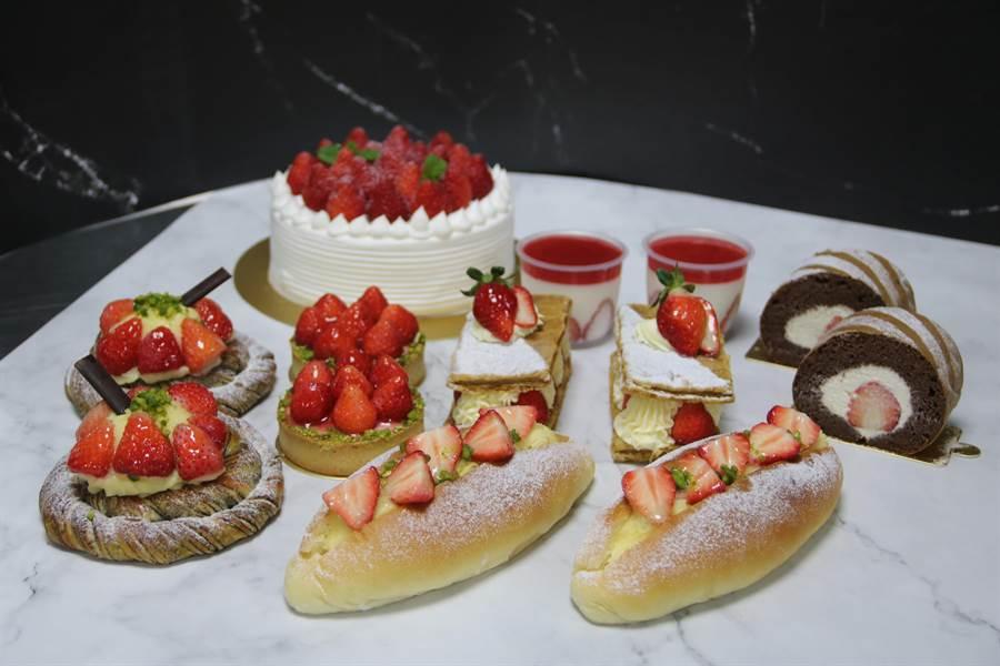 「紅師父」烘焙食品實習工廠推出草莓塔、草莓千層派、草莓大理石麵包、草莓奶油夾心麵包及草莓鮮奶油蛋糕等,全廠幾乎被草莓「鋪天蓋地」攻佔。(王文吉攝)