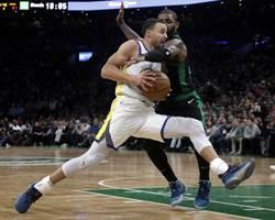 NBA》綠軍被作掉?裁判坦承柯瑞走步漏吹