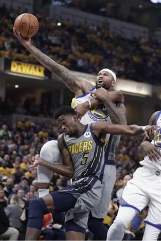 NBA》柯瑞與考辛斯聯手 勇士擊潰溜馬奪11連勝