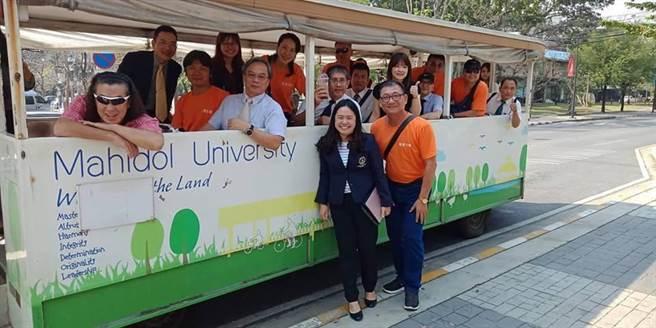 真理大學16名教師參訪泰國2所名校,奠定未來簽署MOU合作基礎。(真理大學提供)