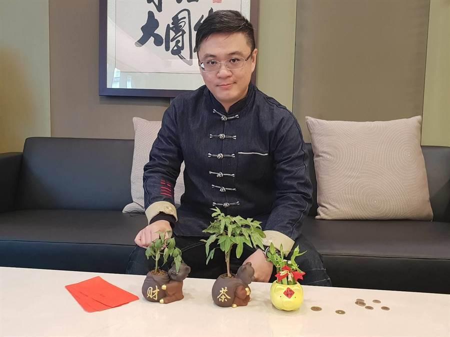 中時電子報獨家專訪三龍法師,分享新年開運小撇步。(攝影/游定剛)