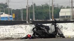 少年騎車雙載與貨車相撞 1死1傷
