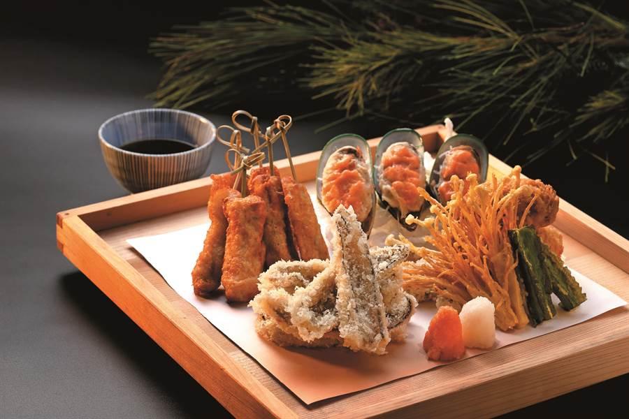 欣葉「天麩羅炸物祭」現正開跑,嚴選海陸珍饌入鍋酥炸。(圖片提供/欣葉日本料理)