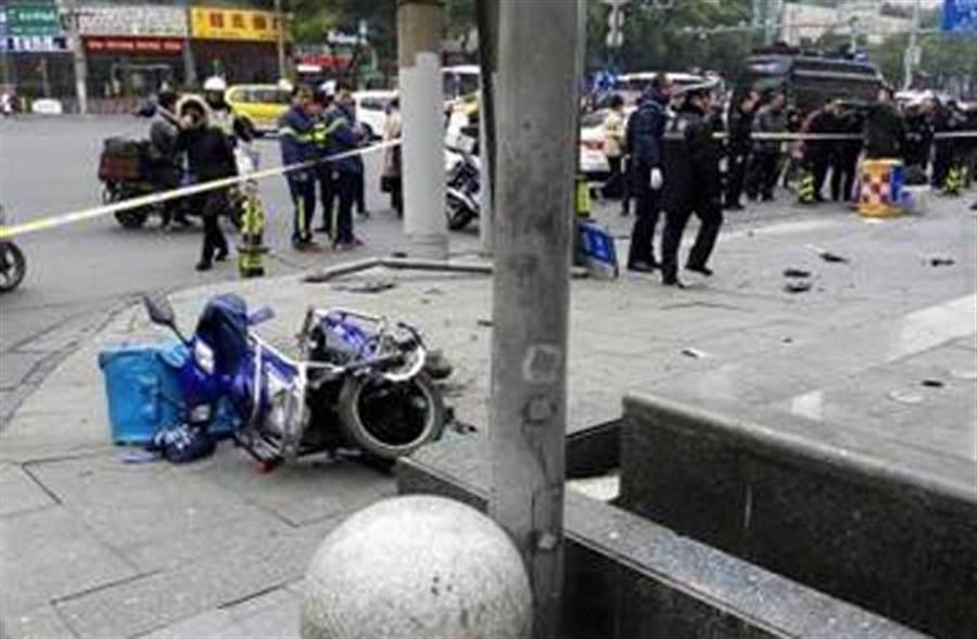 台胞旅行團上海車禍1死8傷,國台辦:全力處理善後。(讀者提供)