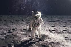 太空英雄!3具遺體漂浮宇宙 他的骨灰埋葬月球