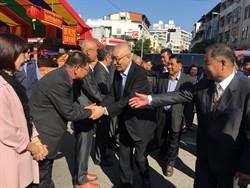 吳敦義返鄉祈福參拜談黨內初選機制與期程