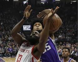 NBA》火箭單節打爆國王 哈登連28場破30分