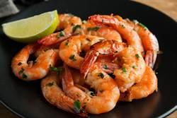 吃蝦子怕有腥味又老? 絕不能少這步驟!