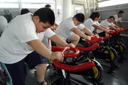 中學生春節胖過2公斤 開學後每天跑步「懲罰」
