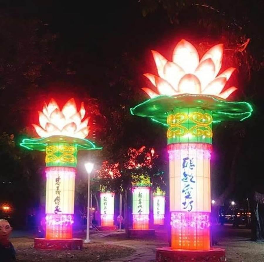高雄燈會「2019愛河燈會金銀河燈會」明(9日)大年初五正式登場!(圖/翻攝臉書)